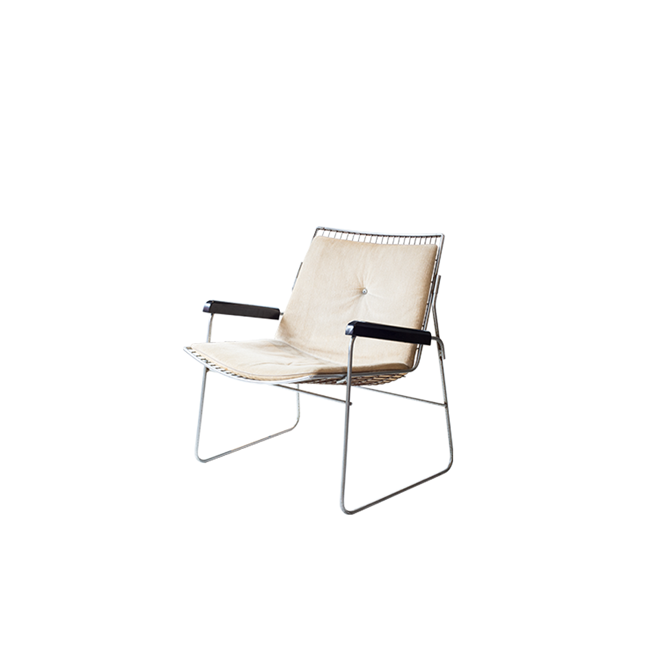 Wire Lounge Chair Wood Armrest with Velvet