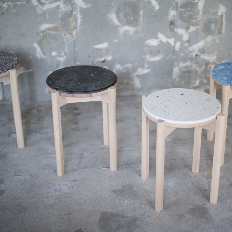 Re.und [ pla ] stool