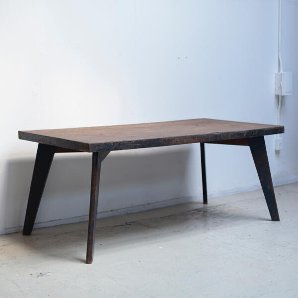 ピエール・ジャンヌレ コルビュジエ チャンディーガル テーブル
