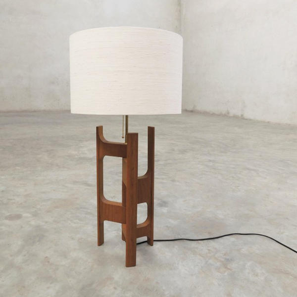 x+l テーブルランプ ミニマル モダン チーク