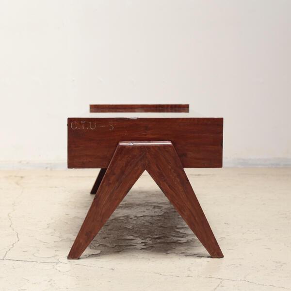 ピエール・ジャンヌレ テーブル チャンディーガル