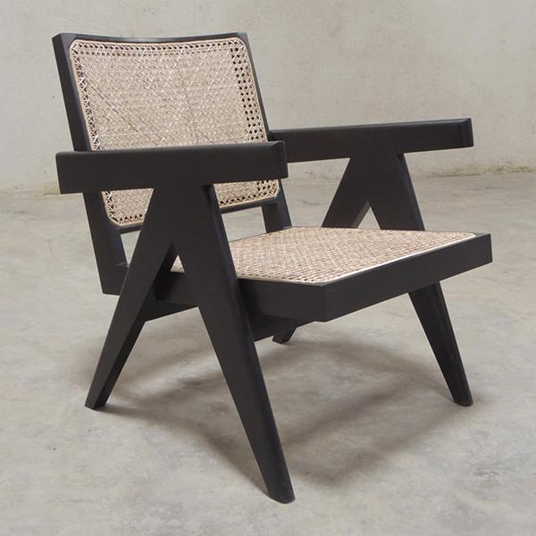 ピエールジャンヌレ椅子