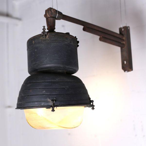 アンティーク 街灯