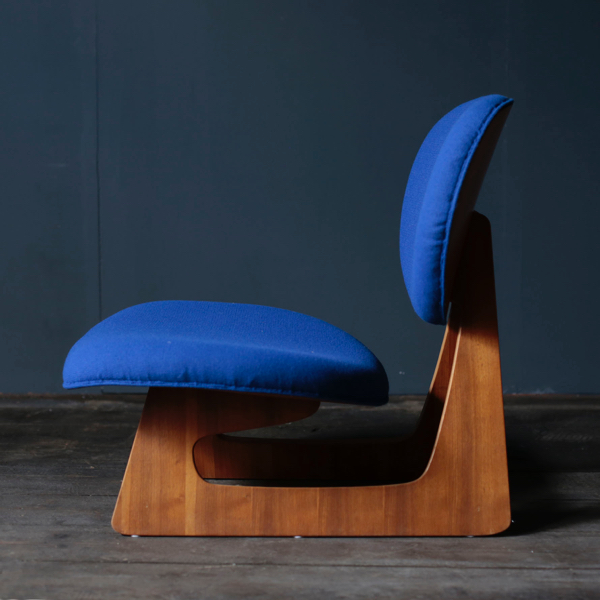 底座椅子 初期 Teiza Chair  by Junzo Sakakura for Tendo Mokko
