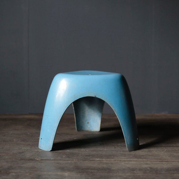 Elephant Stool with blue color by Sori Yanagi for KOTOBUKI