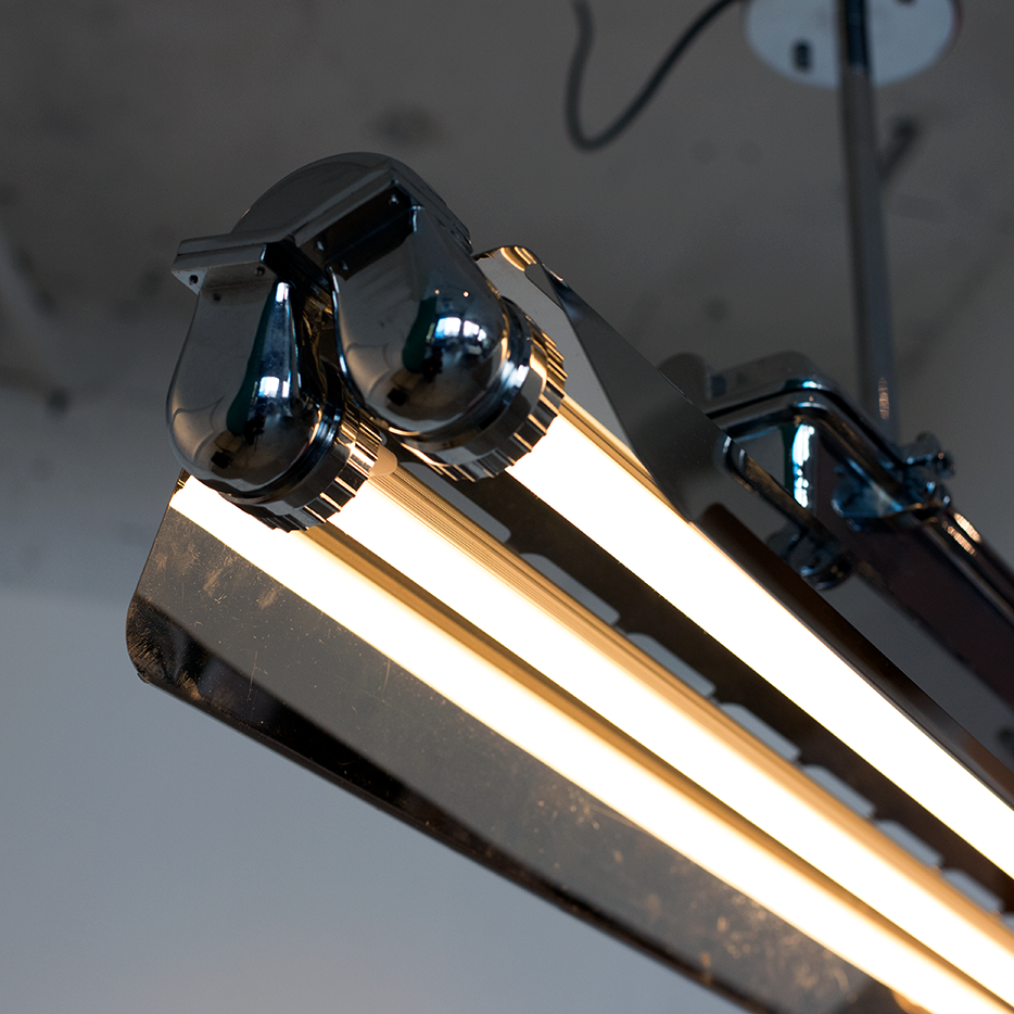 Industrial Double Fluorescent Lamp Short